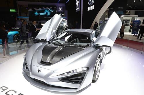 Alcantara al Shanghai Autoshow 2019