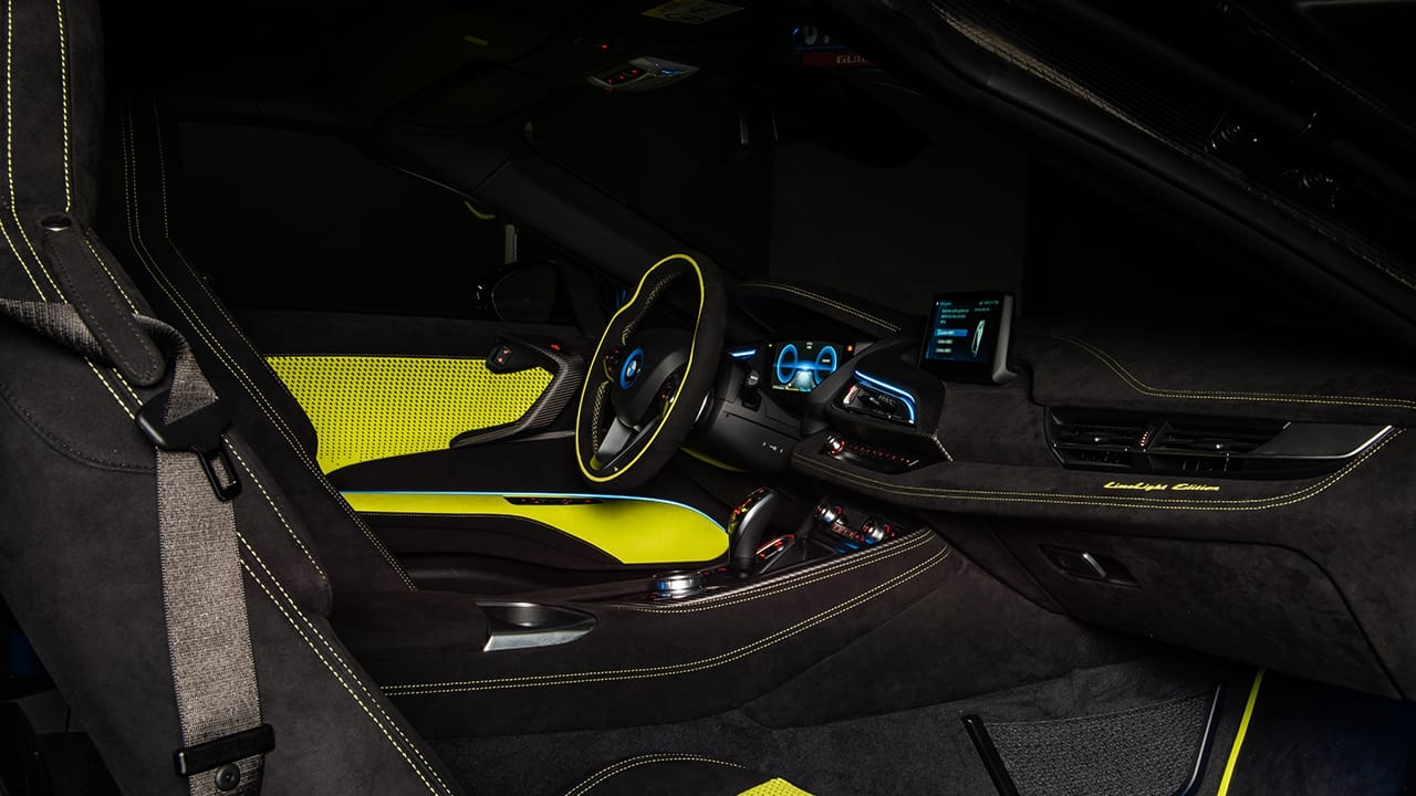 BMW i8 Roadster LimeLight Edition (2) -