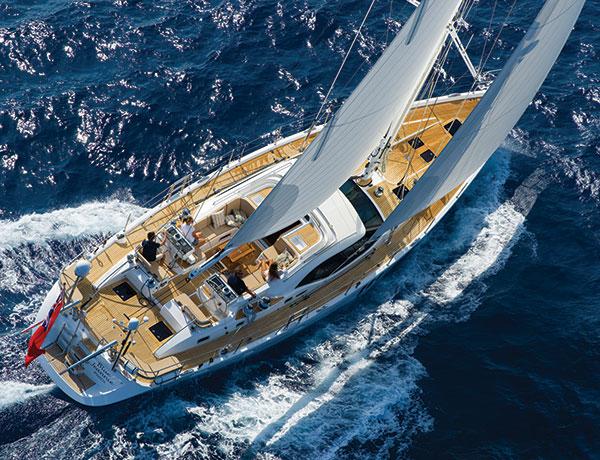 oyster-sailing-yacht-lusso-interni-alcantara-thumb -